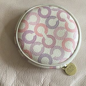 Authentic Coach Round Coin Case. Great condition.